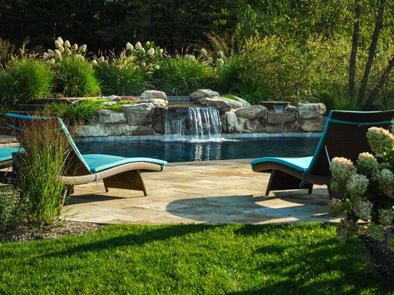 Thiết kế cảnh quan hồ bơi